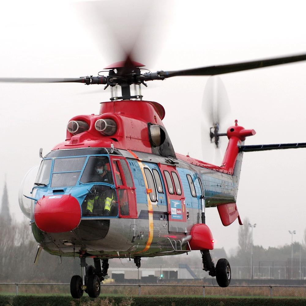 Je bekijkt nu Super Puma AS332 op Knokke Heliport