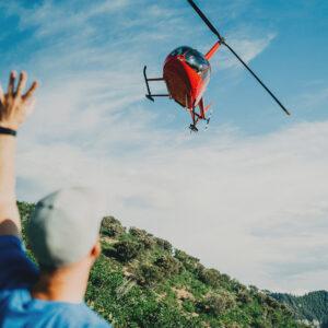 Rondvlucht helikopter 3 personen – 60 minuten – in Robinson R44