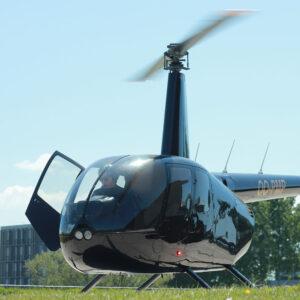 Rondvlucht helikopter 3 personen – 30 minuten – in Robinson R44