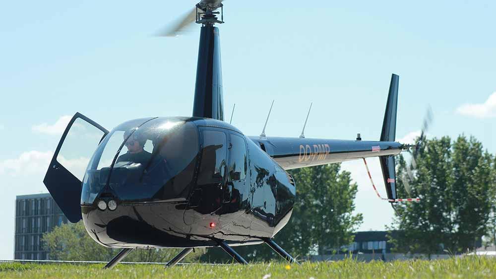 Robinson R44 op Knokke Heliport Opleiding Piloot
